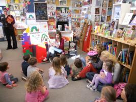Книжный магазин «АЯЧИТАЮ» ищет Книжную Фею